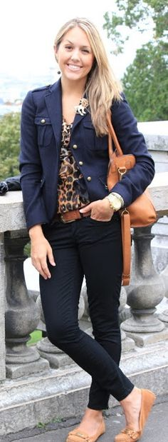 J's Everyday Fashion provides outfit ideas, budget fashion, shopping on a budget, personal style inspiration, and tips on what to wear. Winter Outfits, Casual Outfits, Fashion Outfits, Womens Fashion, Work Outfits, Outfits Pantalon Negro, Js Everyday Fashion, Black Skinnies, Black Jeans