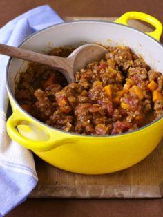 No-Bean Chili Crockpot Recipe with Ground Beef