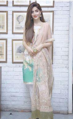 Pakistani Models, Pakistani Girl, Pakistani Actress, Wedding Dresses For Girls, Girls Dresses, Hijab Fashionista, Prettiest Actresses, Pakistani Dresses Casual, Popular People
