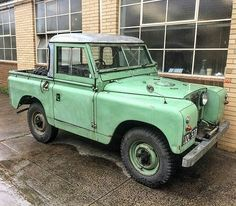 Peppermint #series2 in Melbourne. By @defendersoftheearth  #landrover #serieslandrover #landroverphotoalbum