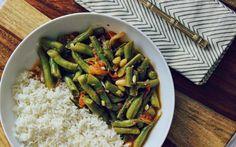 Masaledar Sem (Spicy Green Beans) [Vegan] | One Green Planet