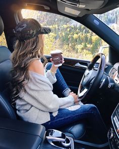 38 Best Ideas For Dress Country Casual Hats Fall Winter Outfits, Summer Outfits, Summer Weekend Outfit, Car Poses, Style Photoshoot, Southern Curls And Pearls, Photography Poses Women, Travel Photography, Photography Jobs