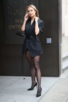 Women With Beautiful Legs, Beautiful Young Lady, Nylons, Pantyhose Legs, Cute Skirt Outfits, Cute Skirts, Holly Willoughby Legs, Kimberley Garner, Lil Black Dress