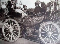 Chhatrapati Rajaram II of Kolhapur nd Maharaja Jivajirao Shinde (Scindia) at Gwalior By Rohit Sonkiya Historical Pictures, Old Photos, Travel Photos, Paint Colors, The Past, Around The Worlds, Indian, Saddles, History