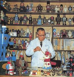 1957 Japanese Humanoid Robots and Toy Robots Jiro Aizawa (Japanese) Humanoid Robot, Vintage Photographs, Vintage Photos, Pirate History, Domo Arigato, Japanese Robot, What Is An Artist, Gear Art, Space Toys