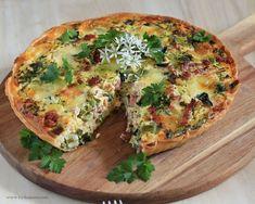 Mozzerella, Frisk, Greek Recipes, Bacon, Lchf, Vegetable Pizza, Quiche, Tapas, Buffet