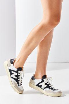 New Balance 300 Court Classic Sneaker