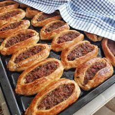 Creamy Pesto Pasta, Pesto Pasta Recipes, Turkish Recipes, Ethnic Recipes, Holiday Ham, Honey Syrup, Coconut Shrimp, Ham And Cheese, Arabic Food