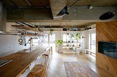 Loft en Nueva York. Completamente renovado, este loft en la Gran Manzana no es convencional. Su diseño plasma referencias industriales y modernas a través de un espacio donde interior y exterior están interconectados.