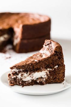 Brookies are a decadent chocolate chip cookie plus brownie mashup in bar form! Get the step-by-step instructions to create this chocolate lover's dessert. Chocolate Brownies, Chocolate Cupcakes, Chocolate Desserts, Fun Desserts, Chocolate Chip Cookies, Delicious Desserts, Dessert Recipes, Chocolate Chips, Yummy Food