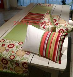 Bed Pillows, Cushions, Pillow Cases, Deco, Quilts, Farmhouse Rugs, Bed Feet, Feet Nails, Toss Pillows