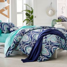 PB Teen Deco Medallion Duvet Cover, Twin, Navy Multi ($79) ❤ liked on Polyvore featuring home, bed & bath, bedding, duvet covers, twin extra long bedding, medallion bedding, twin bedding, pattern bedding and navy blue twin bedding