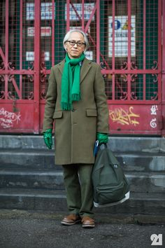 Japanese man wearing all green Streetstyle - Hirofumi Kurino #Menswear