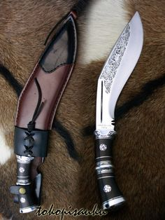 Pretty Knives, Cool Knives, Swords And Daggers, Knives And Swords, Dagger Knife, Best Pocket Knife, Concept Weapons, Spring Steel, Cold Steel