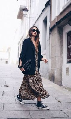 20 Ways to Wear your Favorite Leopard Pieces in 2019 - Leopard Outfits Trends to Keep in 2019 Classic Print Oversized Black Blazer Outfits Leopard Maxi Dress Sneaker Outfit Ideas Street Style LA style Fashion Influencer Style Source by lenahalberstadt - Dress And Sneakers Outfit, Dress Outfits, Casual Outfits, Dress Vest, All Star Outfit, Dress And Converse, Converse Style, Converse Sneakers, Dresses Dresses