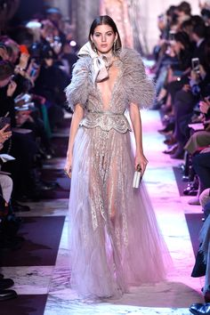 See all the looks from Elie Saab's Couture Spring 2018 collection.