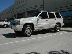 1996 Jeep Grand Cherokee (White), just bought one of these. Going to lift it some!