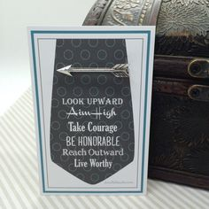 Really love what doodlebead is doing on Etsy.
