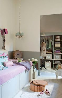 TEEN GIRLS ROOMS