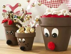 Painted Flower Pots. You can make unique gift arrangements by using simple clay pots. They come in all shapes and sizes and you surely have some empty ones at home. If you leave it plain you will get a rustic effect but to create something fun, think about decorating the outside of the pot.