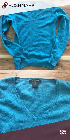 ann taylor cashmere v neck ann taylor // cashmere v neck // teal // size s // pet and smoke free & fast shipping! bundle 3+ for 20% off!! Ann Taylor Sweaters V-Necks