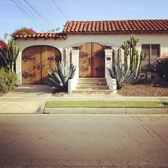 Curb Appeal: Fences and Walls that Inspire >> http://blog.hgtvremodels.com/2012/11/13/curb-appeal-fences-and-walls-that-inspire/?soc=pinterest#