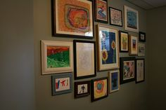 cute way to display your kids' artwork.