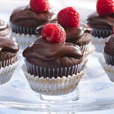 Chocolate Ganache Mini-Cakes #holiday #party #treats #sweets #dessert