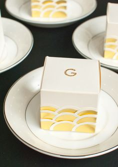 Art Deco favor boxes can be filled with anything you want to give your guests at your Great Gatsby wedding! Gatsby Themed Party, Great Gatsby Wedding, The Great Gatsby, Wedding Ideas, Art Deco Wedding Favors, Wedding Favours, Party Favors, Wedding Gifts, Wedding Veils