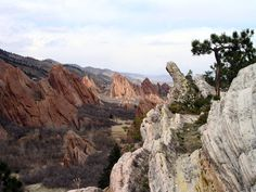 Red rocks typical of The Fountain Formation seen at Roxborough State Park near Littleton, Colorado - Google Search