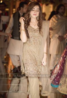 Walima Dress, Shadi Dresses, Pakistani Formal Dresses, Pakistani Dress Design, Indian Dresses, Pakistani Fashion Party Wear, Pakistani Wedding Outfits, Bridal Outfits, Eastern Dresses