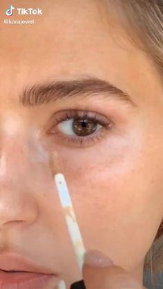 Dewy Makeup, Smokey Eye Makeup, Eyeshadow Makeup, Glow Makeup, Makeup Eyes, Bigger Eyes Makeup, Winged Eyeliner, Natural Everyday Makeup, Natural Eye Makeup