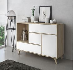 Clean Web Design, Study Corner, Home Goods Decor, Home Decor, Minimalist Room, White Rooms, Ideal Home, Decorative Items, Sideboard