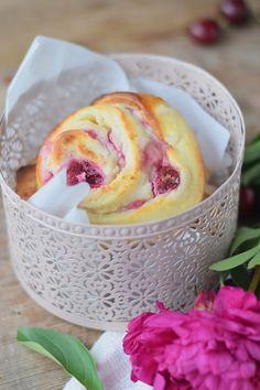 Sommerschlemmen: Kirsch-Cheesecake-Schnecken | Das Knusperstübchen | Bloglovin'