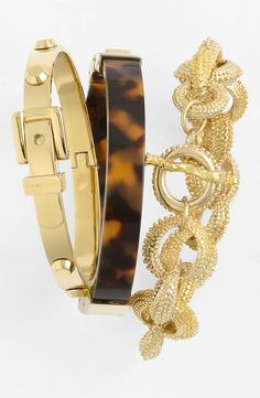 Tortoise and gold: Love this combo for a stacked wrist!