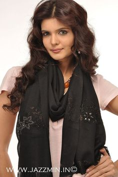 Wholesale Black Cashmere Pashmina Scarf and Shawls with Embroidery from Jazzmin, Srinagar, Kashmir, India
