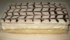 Recipe: Mille-feuille too easy. Small Desserts, French Desserts, Easy Desserts, Salted Caramel Bars, Biscuits Graham, Graham Cookies, Graham Cracker Recipes, Desserts With Biscuits, Mousse Dessert