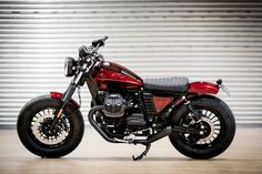 Powered solely by wind pressure for reliability, clean operation, and stealthy installation. Hit the road with Motobriiz motorcycle chain oilers! Guzzi Bobber, V9 Bobber, Guzzi V9, Moto Guzzi Motorcycles, Scrambler Motorcycle, Enfield Classic, First Time Driver, Best Car Insurance, Motorcycle Design