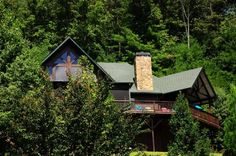 Also looked at a few random places: GA - just south of TN/GA border.  $2500/week 5bd, 5.5bath, on river.  Interesting outdoor space House vacation rental in Mineral Bluff from VRBO.com! #vacation #rental #travel #vrbo