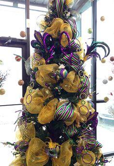 Turn your Christmas tree into a Mardi Gras tree!
