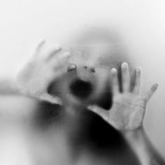 е и о том, как его преодолеть. http://lpgenerator.ru/blog/2014/10/23/nauka-o-strahe-i-o-tom-kak-ego-preodolet/