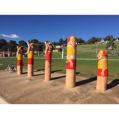 A family of swimmer bollards #cultureicon#culture#geelongeasternpark#geelong#australia#victoria#greatoceanroad#greatoceandrive#greatoceandrivemelbourne by elynchong