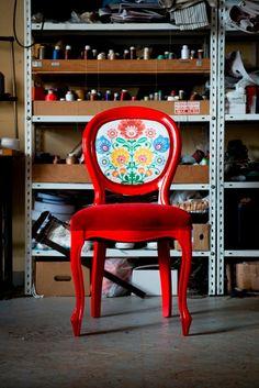 Folk chair by Rekonstrukcje on Etsy, €390.00