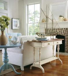 Coastal living...a lovely look!