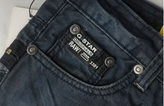 G STAR DENIM DETAIL - Google'da Ara Raw Denim, Denim Jeans Men, Blue Jeans, G Star Men, Denim Ideas, Denim Branding, Jeans Style, Fashion Pants, Men Dress
