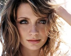 mischa barton is beautiful