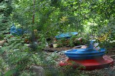 Abandoned Amusement Parks | river ride at abandoned amusement park. | Secret Spaces