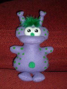 BRULP: alien soft doll. BY Mode's Dollys