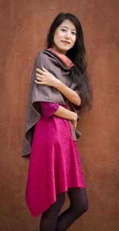 Ovidis burgundy/pink and Gayatri grey wool