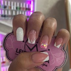 Gelish Nails, Nail Spa, Beauty, Finger Nails, Sculpted Nails, Long Nail Designs, Short Nail Manicure, Nail Manicure, Nail Glitter Design